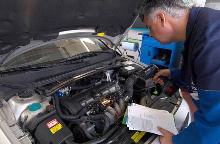 Schimbări importante pentru șoferii care au mașini mai vechi de 12 ani
