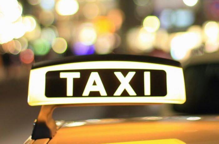 Amenzi pentru taximetriștii din Aeroportul Cluj