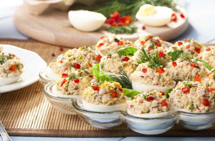 Ouă umplute cu ciuperci, pentru zilele Dochiei