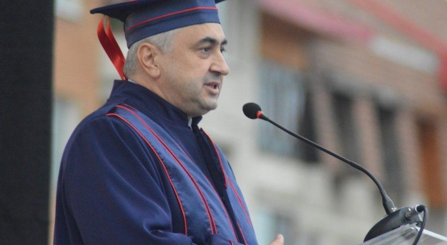 Ministrul Educației va explica, luni, la Cluj, de ce s-au redus locurile bugetate