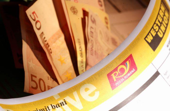 Proiect: Românii din străinătate, OBLIGAŢI să justifice sumele peste 1.000 euro trimise în ţară