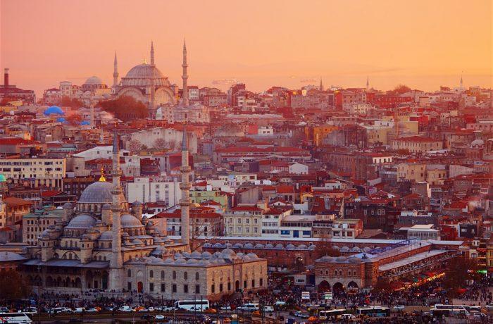 Mai multe zboruri   Cluj – Istanbul