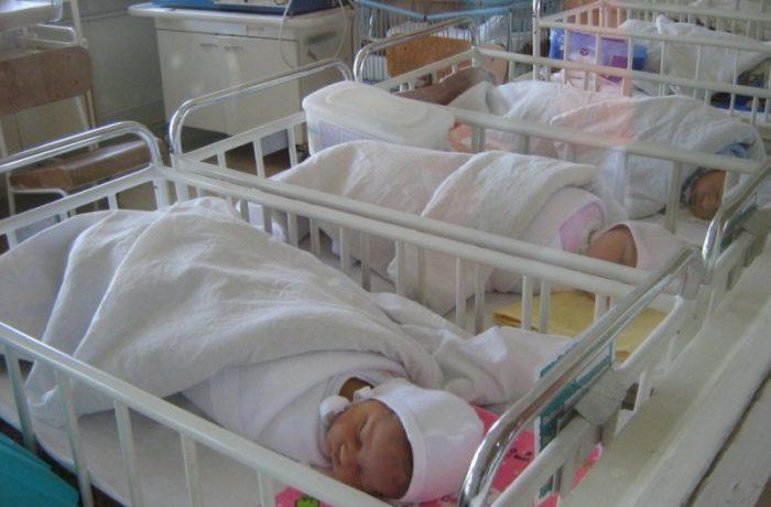 Proiect de lege: Părinţii vor fi instruiţi să fie părinţi!