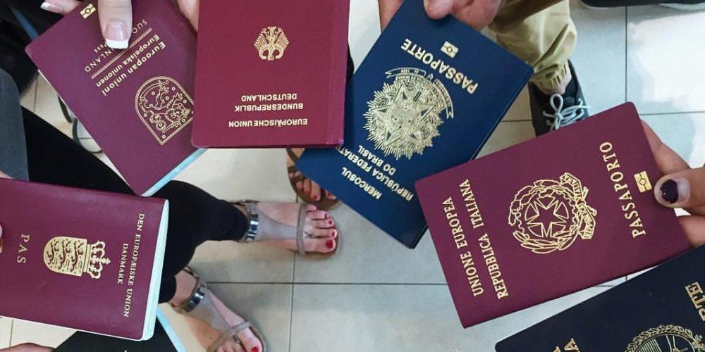 Cetăţenii din ţările UE ar putea avea cetăţenie UE!