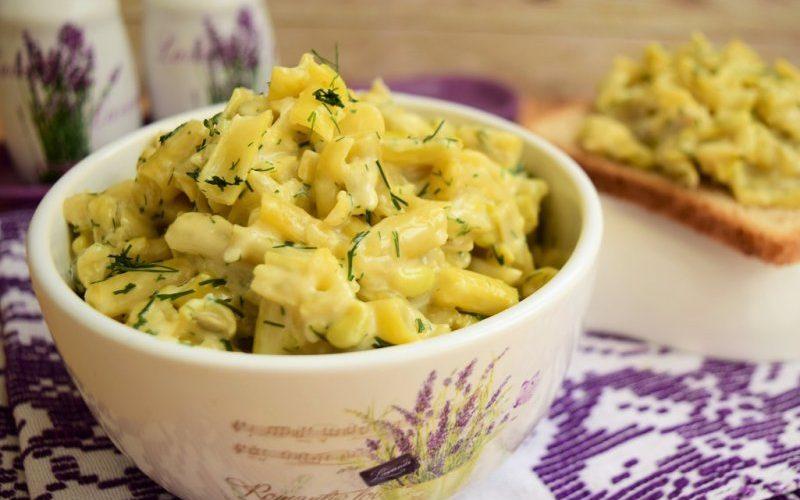 Salată de vară, cu păstăi galbene