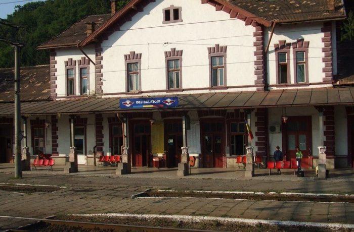 Din septembrie, modificări în mersul trenurilor care tranzitează Gara Dej