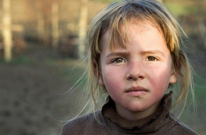 Lege nouă pentru copiii orfani instituționalizați
