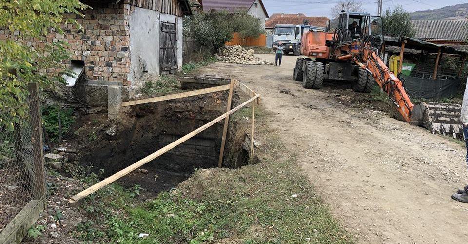 Au început lucrările de modernizare la mai multe străzi/ulițe din comuna Mica