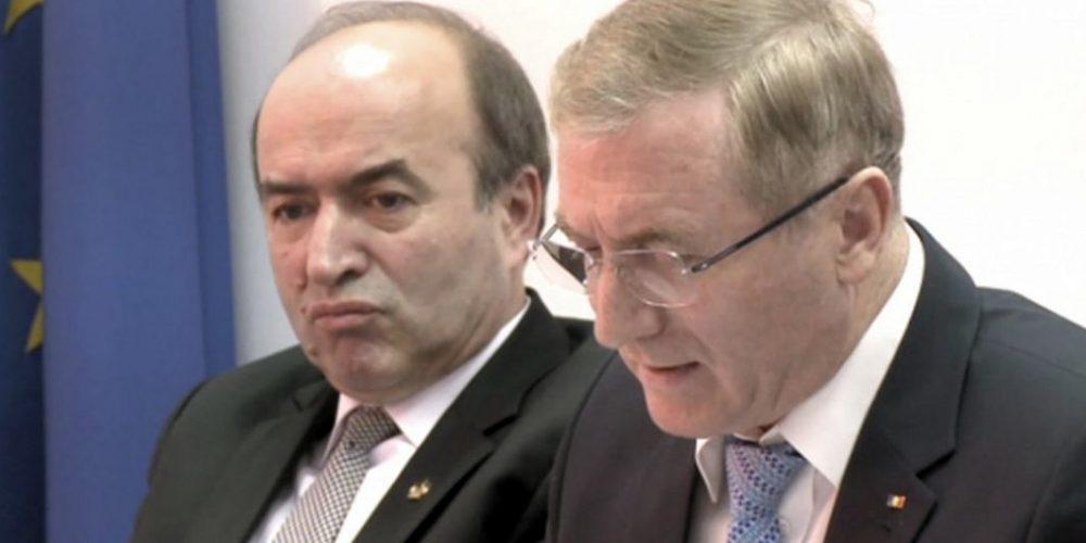 Toader a declanșat revocarea procurorului general  Augustin Lazăr