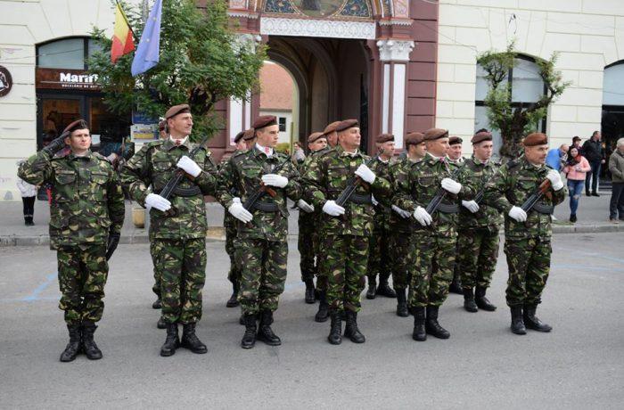 """Competiţia """"Subofiţerul /Soldatul Anului"""" 2018 Etapa pe Statul Major al Forţelor Terestre, la Dej"""
