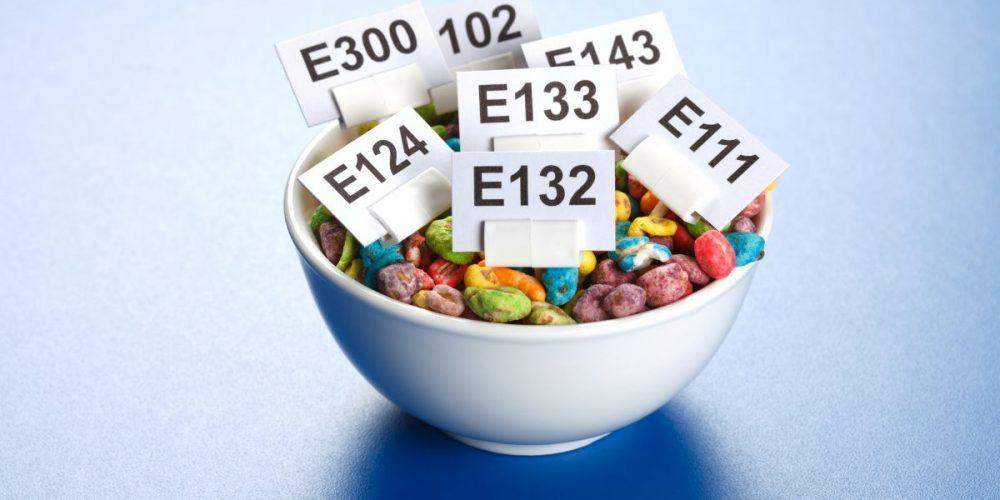 Consumăm, în medie, 2 kilograme de aditivi alimentari pe an!