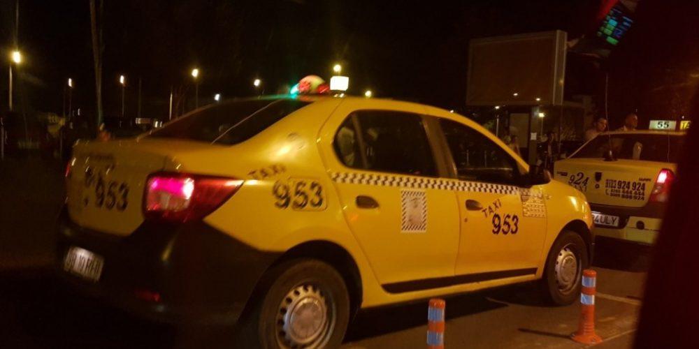 Polițiștii au verificat taximetriștii în zona a  7 aeroporturi din țară