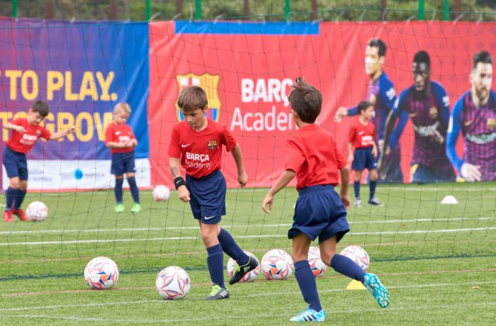 Baschet și fotbal pentru copii.  Barça Academy revine la Cluj-Napoca!