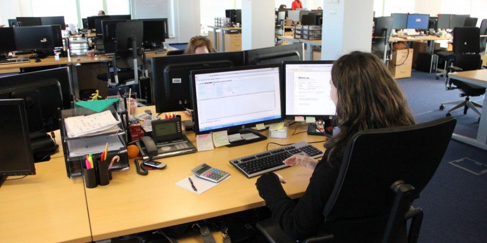SONDAJ: Un angajat, din cinci, ar vrea să lucreze într-un alt domeniu