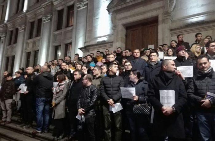 Magistrații protestează după OUG-ul lui Tudorel Toader