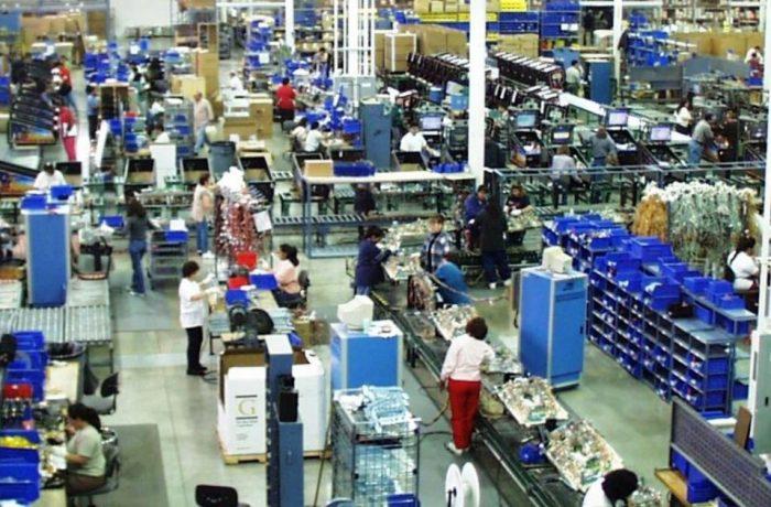 Aproape jumătate din contractele de muncă, din România, sunt încheiate la salariul minim pe economie