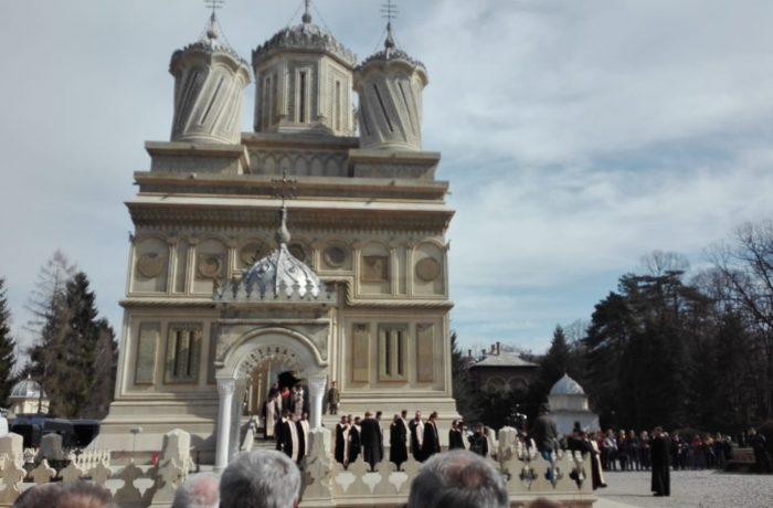 Osemintele Regelui Carol al-II-lea, înhumate sâmbătă la Curtea de Argeş