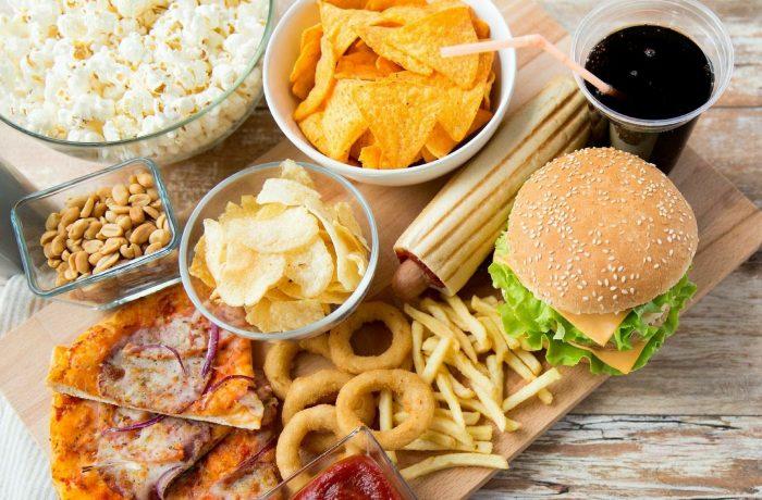 Statele membre UE, obligate să limiteze acizii trans din alimente – cele mai nocive grăsimi, responsabile de zeci de mii de decese anual