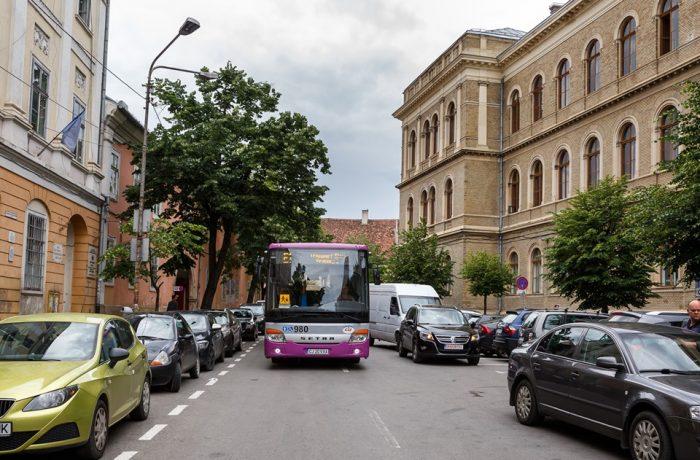 10 autobuze noi și încă 7 trasee pentru transportul elevilor din Cluj-Napoca