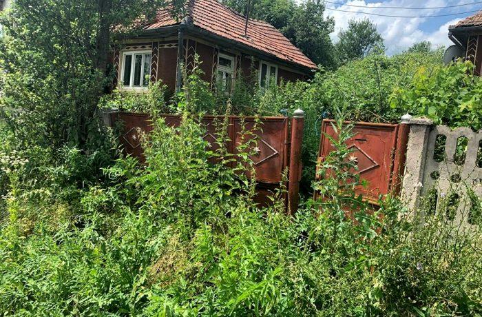 Primăria comunei Mica declară război caselor abandonate