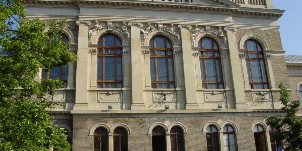 Peste 15 mii  de locuri alocate absolvenților, la UBB Cluj