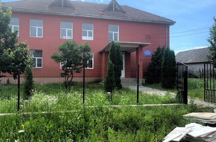 Au început lucrările de modernizare la școala din Sânmărghita.