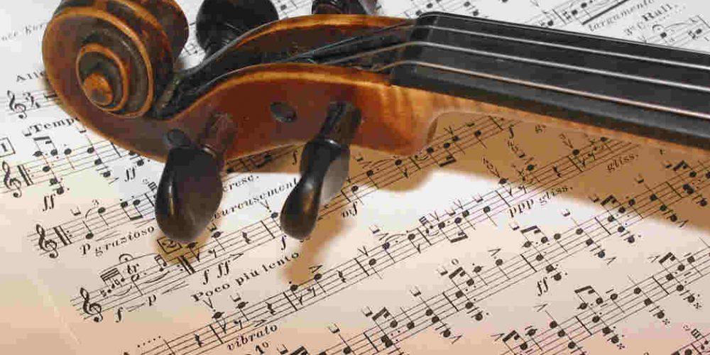 Șase piese muzicale vor fi incluse în prima carte de cântece a Uniunii Europene