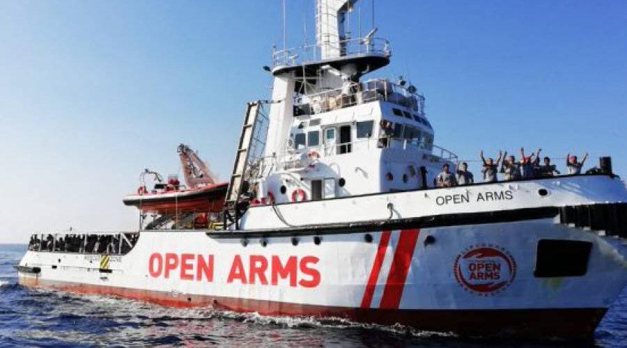 """România va prelua 10 migranţi din Malta, de pe nava caritabilă """"Open Arms"""""""