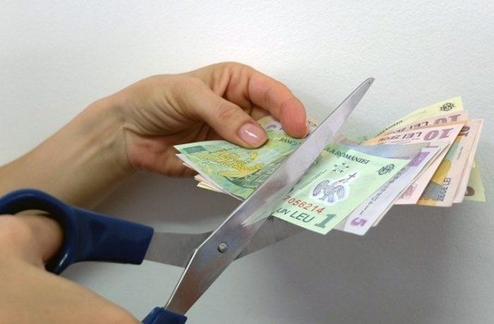 """Rectificare bugetară """"pozitivă"""" cu tăieri la Educație, Fonduri Europene și Cercetare"""