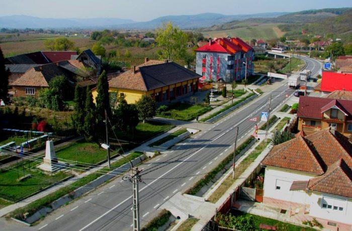 Modernizări de străzi şi canalizare în comuna Căşeiu