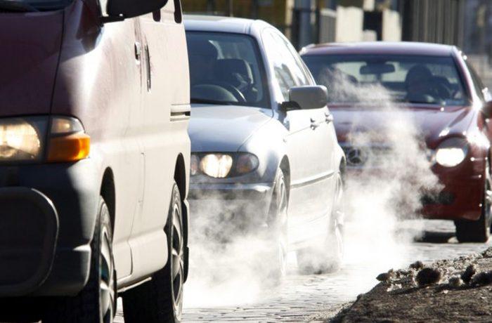 Peste 45% din vehiculele aflate în trafic au probleme