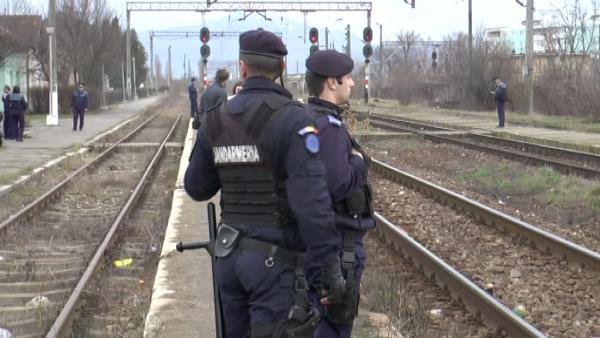 Peste 1000 de polițiști și jandarmi acționează în stațiile CFR din întreaga țară