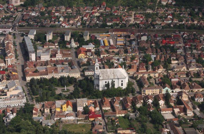 Hramul Bisericii Romano-Catolice din Gherla, cu participare  dejeană
