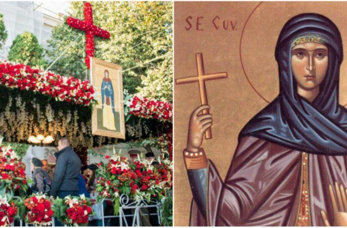 Racla cu moaştele Sfintei Parascheva, purtată pe umeri prin Iași