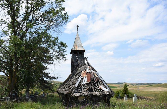 Spectacol folcloric caritabil pentru reabilitarea bisericii din Săliștea Veche, monument istoric de secol XVI