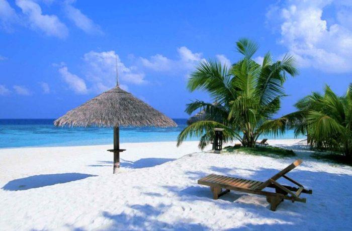 Vacanțele cumpărate online, mai ieftine decât cele achiziționate în agențiile de turism