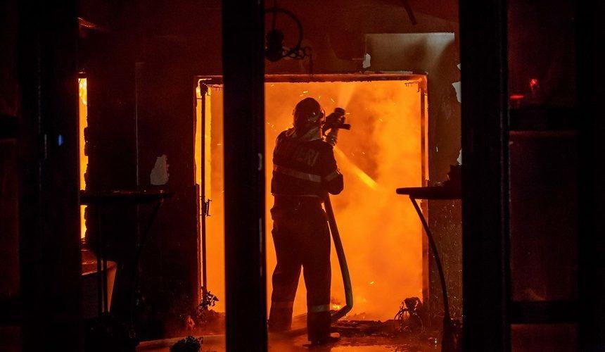 IGSU: peste 500 de incendii în locuințe, soldate cu 26 de morți