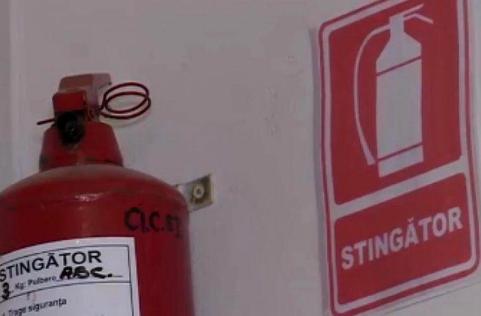 Autorizația ISU la incendiu a fost eliminată de la acreditarea școlilor