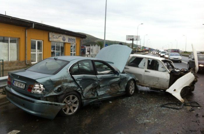 Sfârşit de an tragic pe şosele: 34 de morţi şi 25 de răniţi grav