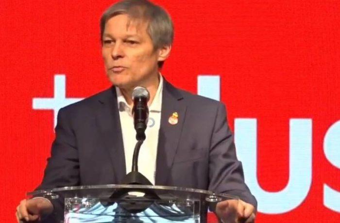 Dacian Cioloș a fost validat președinte la Convenţia Naţională a PLUS