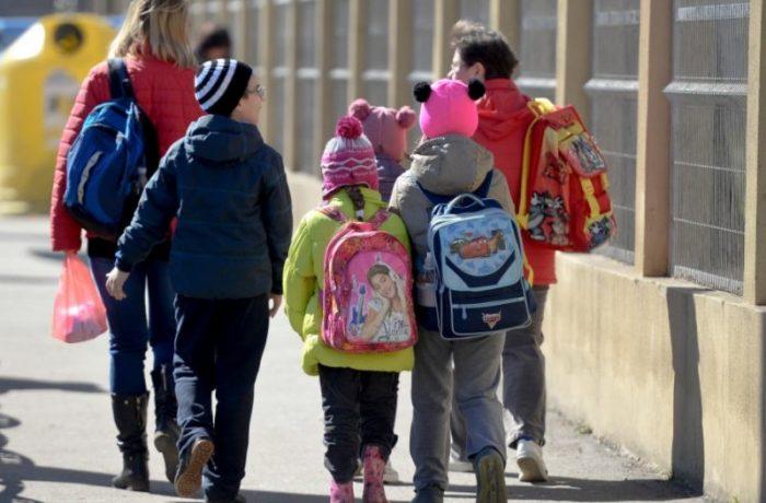 Date alarmante privind învăţământul românesc