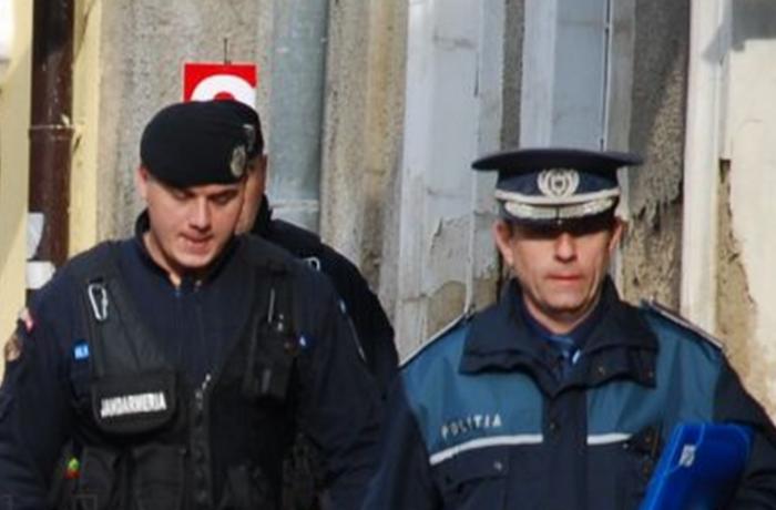 """Se are în vedere """"comasarea"""" efectivelor Poliţiei cu cele ale Jandarmeriei"""