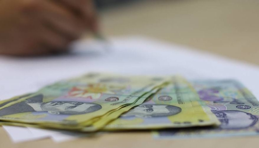 Guvernul a înghețat indemnizațiile demnitarilor