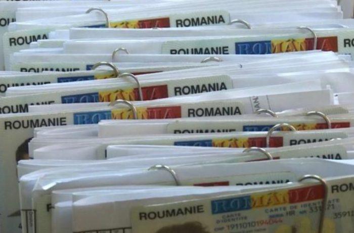 Cetățenii vor plăti între 15 și 40 de euro pentru noile cărți de identitate