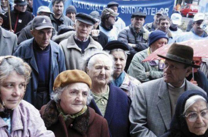 Pensiile întârzie în ianuarie