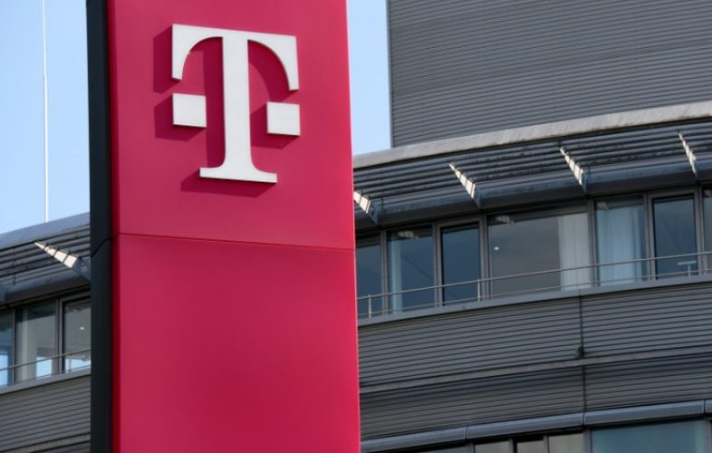De la 1 martie cresc prețurile la Telekom România