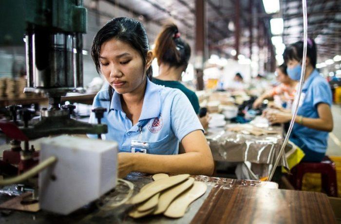 IGI: 30.000 de noi permise de muncă pentru cetățeni străini