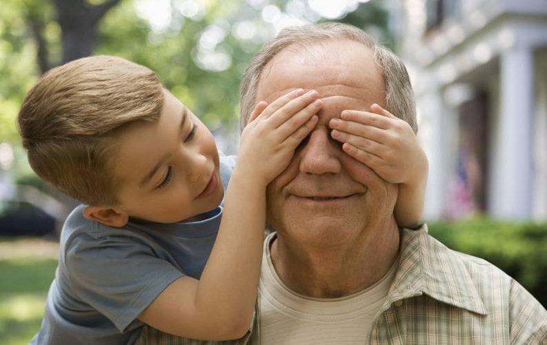 Proiect de lege: indemnizație pentru creșterea nepoților