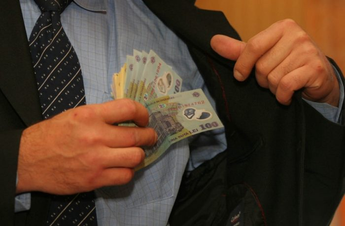 Pensiile speciale ale foștilor parlamentari însumează 10 milioane de euro pe an