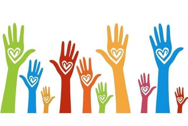 """""""Vă ajutăm din Dej"""", un grup de voluntari dejeni vine în sprijinul persoanelor vulerabile"""